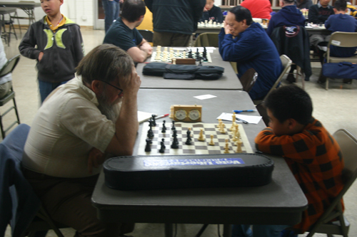 Jeffrey Chou (right) in his outstanding win over expert David Argall.
