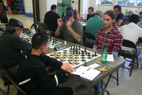 Rolf Kuiper (right) in his unexpected draw against Edward Wu.